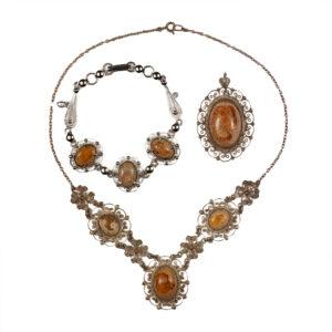 Necklaces_035