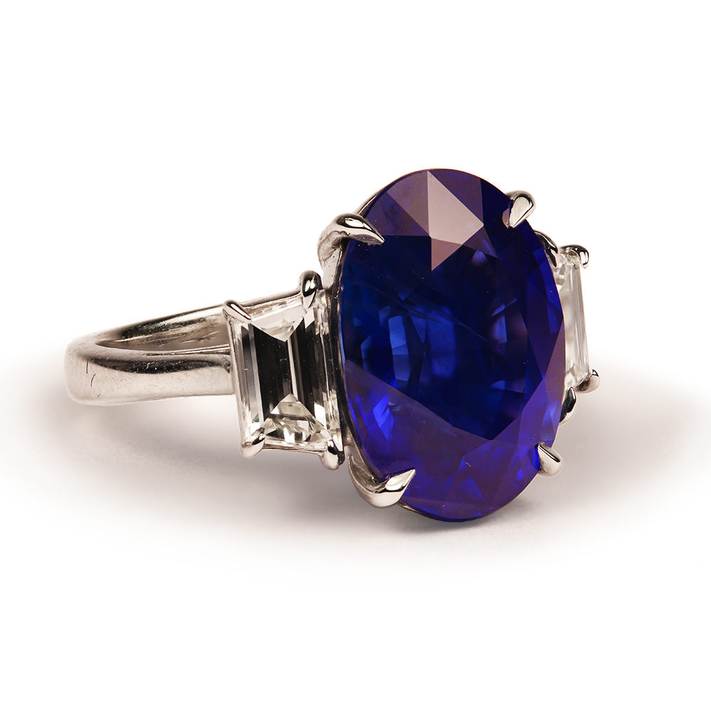 Blue Oval Sapphire Ring House Of Kahn Estate Jewelers