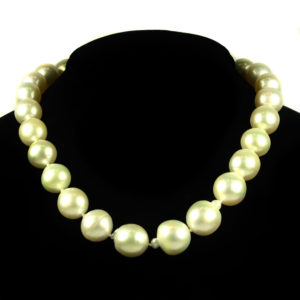 2-Small-Pearl-necklace